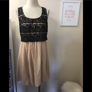 DONNA MORGAN LACE DRESS SZ 8